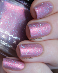 Enchanted Desire swatched by @emilydemolly 2