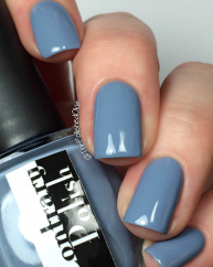 Breeze swatched by @thepolishedoakie
